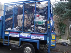 Waste removal truck cardiff